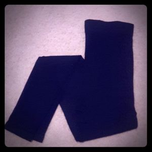 BLANQI maternity black leggings. Size small.